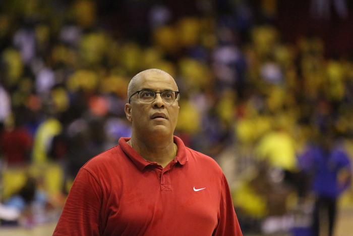 """Paulo Macedo:"""" Se investirmos na formação, vamos recuperar a hegemonia do basquetebol em África"""""""