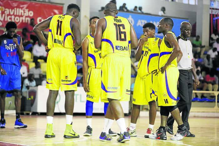 Tricolores carimbam passe à final do Unitel-Basket
