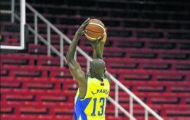 Petro de Luanda e Interclube começam luta pelo título