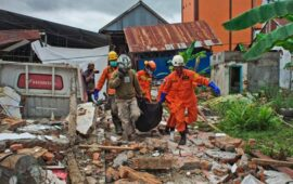 Sismo mata sete pessoas na Indonésia