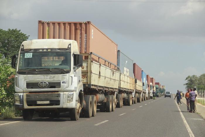 Iniciativa presidencial leva bens alimentares ao Cunene para acudir vítimas da seca