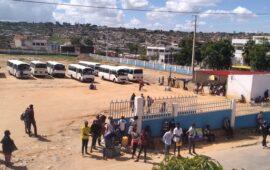 Taxistas da rota Huíla/Namibe em greve para exigir reajuste do preço