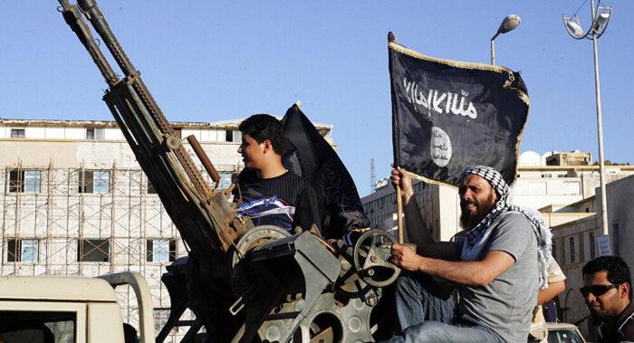 Al-Qaeda promete 'guerra em todas as frentes' contra os EU A mesmo com retirada de tropas do Afeganistão