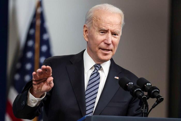 Joe Biden vai conversar com Emmanuel Macron sobre a crise dos submarinos
