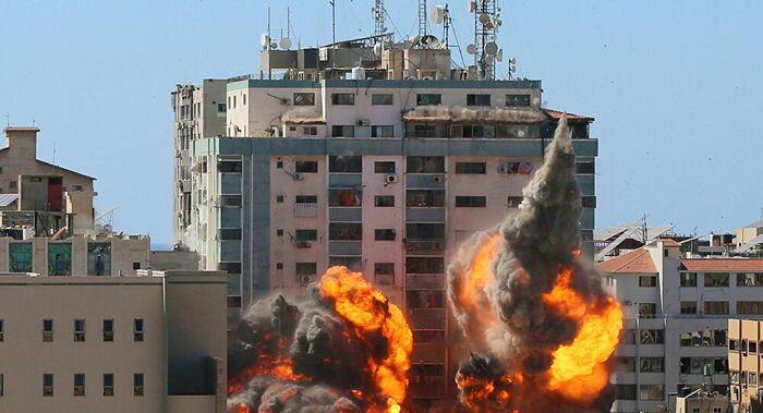 'Crime de guerra': AP pede investigação independente sobre ataque israelita a escritório dos medias