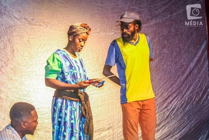 Jovens da Mulemba leva ao palco tema sobre o adultério