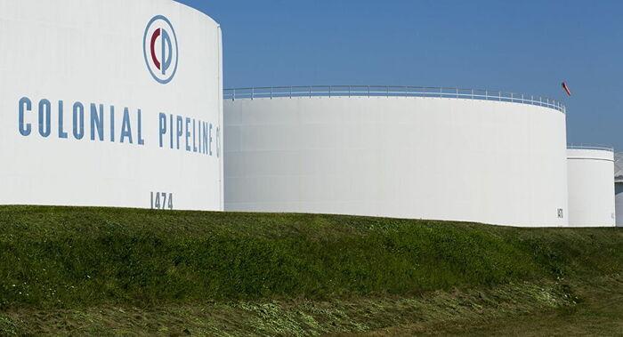 EUA declara estado de emergência após paralisação da rede de transporte de combustível