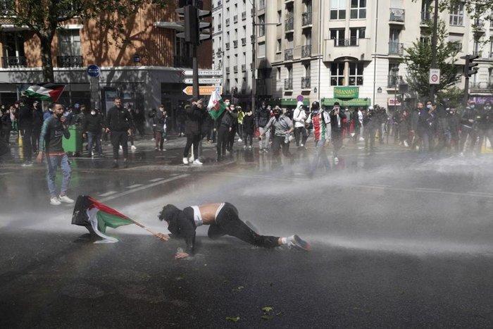 Manifestantes pró-palestinianos reúnem-se em várias partes do mundo