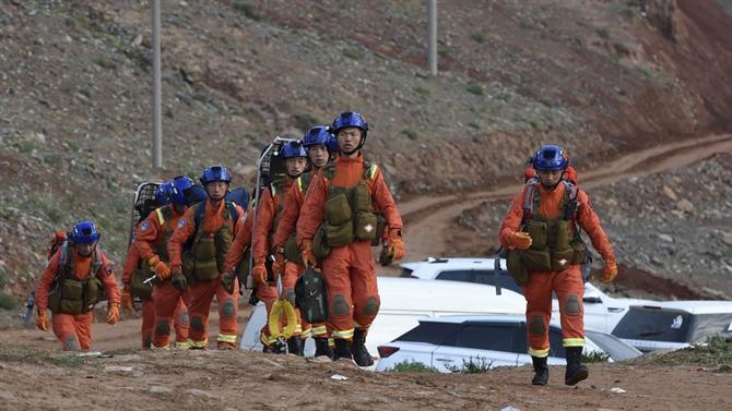 Ultra maratona na China termina em tragédia