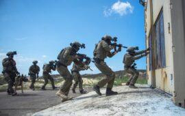 FDI aguardam autorização para invadirem Faixa de Gaza, segundo porta-voz