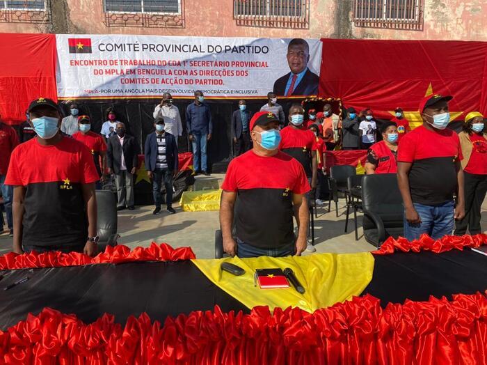MPLA em Benguela anuncia 'programa especial' para 'salvar' obras inacabadas