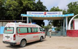Ataque suicida em campo militar mata dezenas de recrutas na Somália