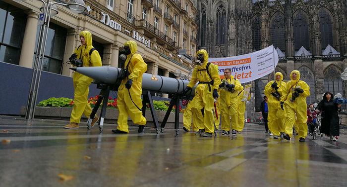 EUA investigam vazamento de informações sobre as suas armas nucleares na Europa