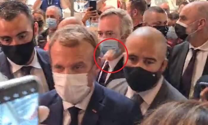 Homem não identificado atira objecto semelhante a ovo contra Macron