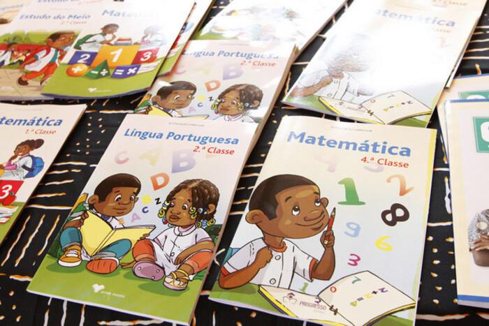 MEA insta PGR a investigar descaminho de manuais do ensino primário