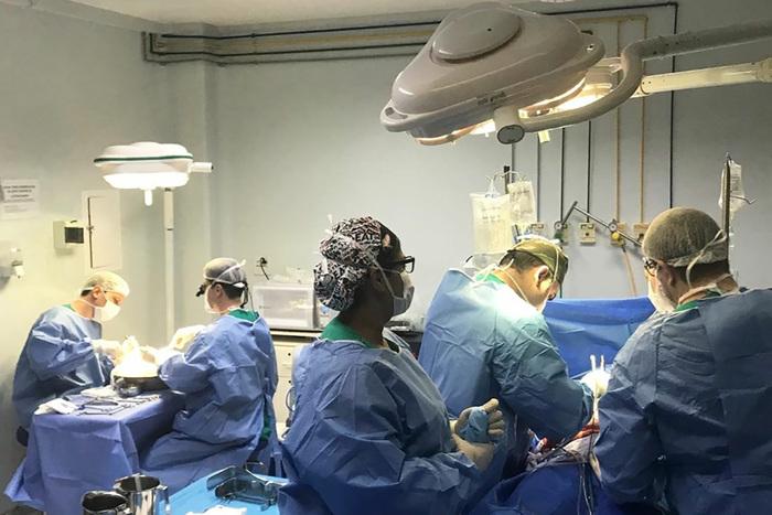 Médico cirurgião ávido por ver aprovada lei que autoriza transplante de órgãos