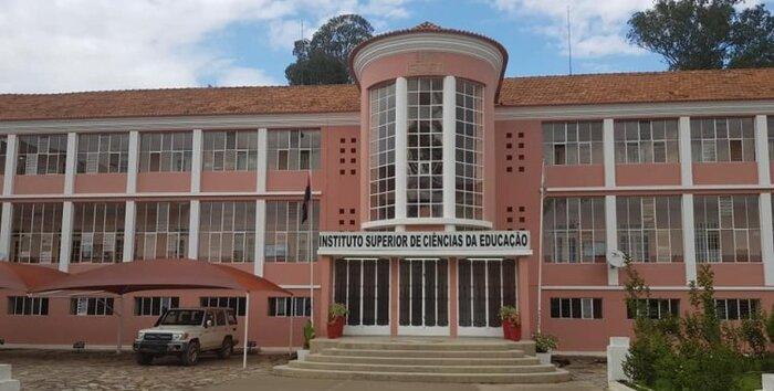 Mestres em Educação de Infância regressam ao país para assegurar formação na especialidade