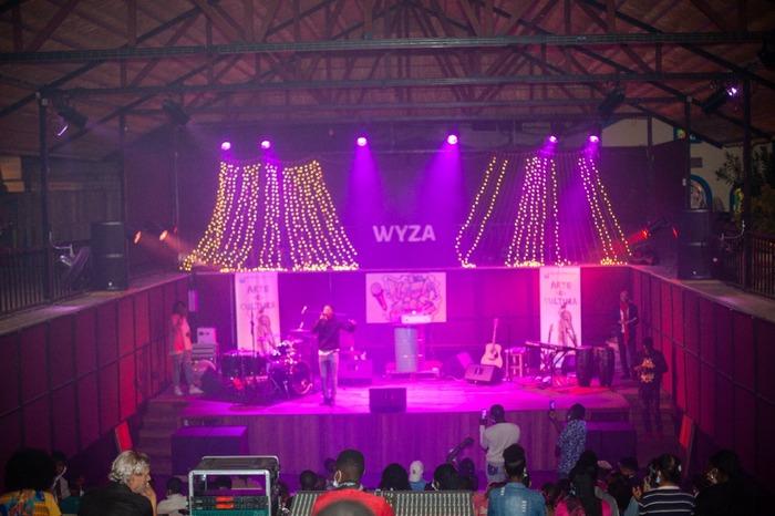 """Projecto de novos talentos """"Wiza Line"""" traz ao palco a banda """"Os Primos"""""""